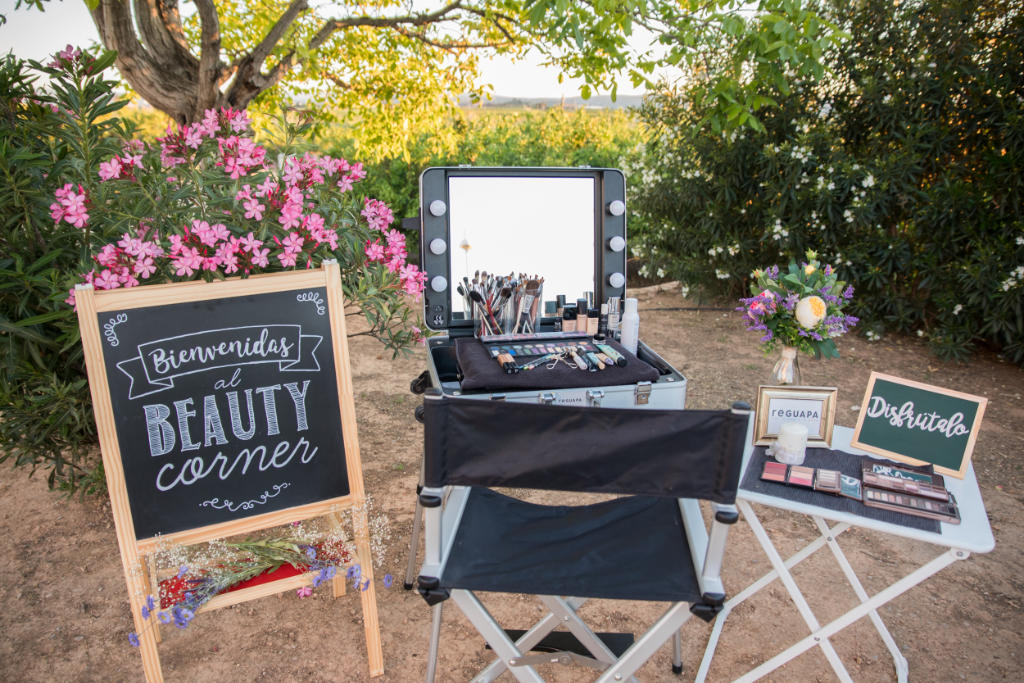 Beauty Corner Wedding